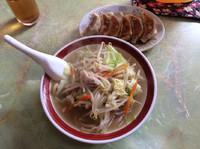 「太麺 タンメン+餃子6個セット 850円」@来来来の写真