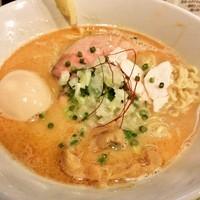 「特製鶏白湯そば(850円)」@中華蕎麦 はざまの写真
