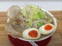 「柳路らーめん  730円   野菜マシ、ニンニク」@麺屋 柳路の写真