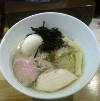 「鶏清湯 塩ら~めん+味玉」@麺庵 小島流の写真
