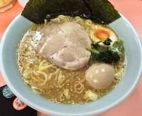 「ラーメン+味付玉子(¥700+¥100)」@濱壱家の写真