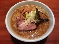「濃厚らーめん (大盛り)」@麺道 ともよし 東三国店の写真