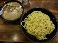 「塩つけ麺 (2玉) ※かつお無しVer.+味玉:携帯クーポン」@らあめん 塩八の写真