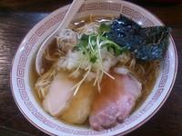 「淡麗 煮干し醤油ラーメン(標準)+替え玉×2」@らぁめん小池の写真