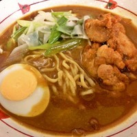 「国産鶏の唐揚げカレーラーメン(720円)」@阿武隈高原SA上り線の写真
