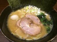 「醤油ラーメン」@横浜家系ラーメン 極み家の写真