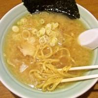 「醤油豚骨(替玉/細麺カタ)500+162=662円」@丸麺屋製作所の写真