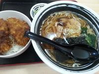 「Bセット(半ソース丼+ラーメン)850円」@あんじゅの写真