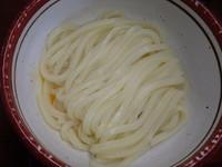 「かま玉(中)(210円)、あげ(60円)、ちくわ天(60円)」@日の出製麺所の写真