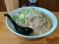 「ラーメン+中盛り(720円+60円)」@麺処 うち田の写真