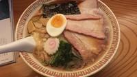「ワンタン麺」@手打中華 すずきの写真