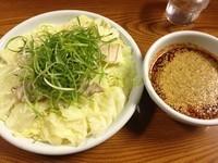 「つけめん・並・1辛(900円)」@元祖激辛つけ麺 とし 総本店の写真