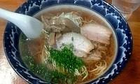 「あっさり醤油 (¥650) +焼豚1枚 (¥100)」@麺食堂 一真亭の写真
