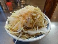 「ラーメン 680円 野菜チョイマシ ニンニク 脂」@らーめん大 蒲田店の写真