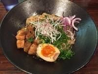 「特濃参丸和え麺(黒) (950円)」@いちまるらーめんの写真