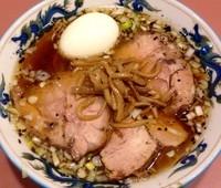 「チャーシュー麺1000円 半熟味玉100円」@名物屋の写真
