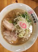 「鶏豚骨ラーメン」@中村商店 高槻本店の写真