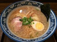 「東風麺  660円  麺カタメ」@東風亭の写真