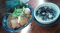 「限定 濃厚黒つけ麺 並盛850円 + 特製250円」@中華そば 旋の写真
