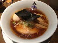 「醤油ラーメン Xmasクーポン500円  味玉100円」@麺処みどり 伊勢崎店の写真