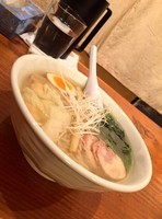 「鶏塩海老わんたん麺」@麺や 藤井の写真