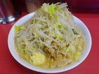 「ラーメン(700円)ヤサイニンニクアブラ」@ラーメン二郎 ひばりヶ丘駅前店の写真