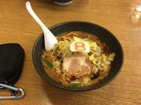 「濃旨野菜醤油ラーメン」@8番らーめん 新保店の写真