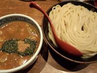 「つけ麺大730円」@つけ麺専門店 三田製麺所 新宿西口店の写真