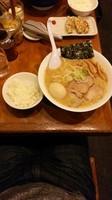 「ラーメン こってり ニンニクいれー」@野方ホープ 荻窪店の写真