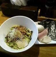 「トリュフオイルのまぜそば+特製トッピング」@麺庵 小島流の写真