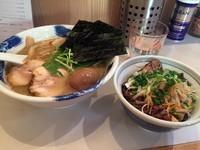 「濃厚塩ラーメン(680円)+ピリ辛ネギチャーシューごはん」@麺屋 扇 SENの写真