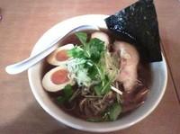 「醤油ラーメン+味玉」@萬喜の写真