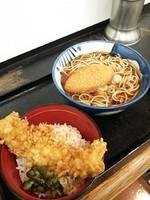 「イカ天丼セット(570円)」@めん処 つるやの写真