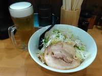 「濃厚豚骨油そば(ネギ増し)+生ビール(720円+280円)」@麺処 うち田の写真