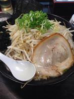 「赤の味噌ラーメン(+もやし)」@味噌の金子の写真