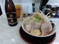 「みのわラーメン+チャーシュー1枚+α(850円+80円+α)」@麺屋みのわの写真