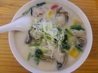 「オイスターチャウダーラーメン(中太麺)」@濃厚ラーメン じゅんの写真
