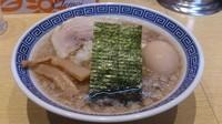「背脂煮干蕎麦+味玉(クーポン)」@くり山の写真