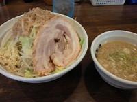 「爆つけ麺(中)ヤサイニンニク900円」@爆麺亭 所沢店の写真