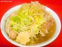 「小ラーメン+うずらの卵 「ニンニク」(800円)」@ラーメン二郎 茨城守谷店の写真