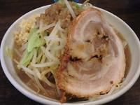 「爆麺(ニンニクヤサイ)」@爆麺亭 所沢店の写真