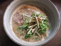 「ラーメン(750円)」@麺処 と市の写真