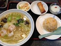 「海老そば(小)+半チャーハン+春巻」@中華料理 海華の写真