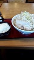 「富士ラーメン大盛、野菜増し+ライス大盛」@十兵衛の写真