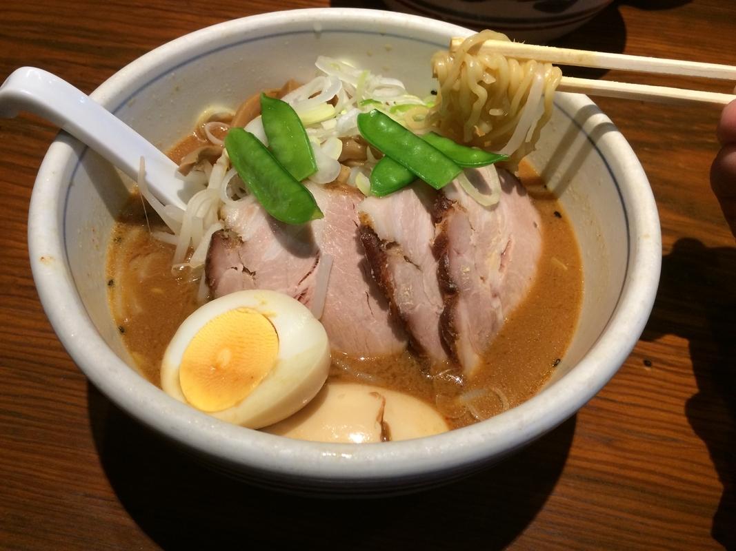 赤坂駅周辺で味噌ラーメン食べるならココ5選!ランチ限定の1杯も