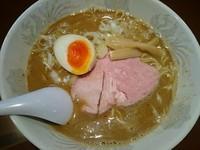 「【夜限定】濃厚烏賊煮干しラーメン ¥830」@UNDER GROUND RAMENの写真