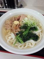 「牛すじうどん(関西風)500円」@えきめんや 品川店の写真