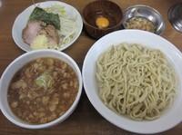 「つけ麺中盛・釜揚げ(850円)+生卵」@ラーメンの店 どでんの写真