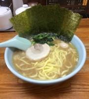 「しょうゆとんこつラーメン」@横浜ラーメン はま家の写真
