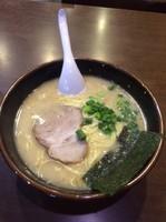 「ラーメン600円」@博多ラーメン 長浜や 笹塚店の写真